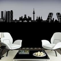 Luminescent panels dividing fluowall Madrid Skyline