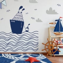 Children vinyls boats in the sea
