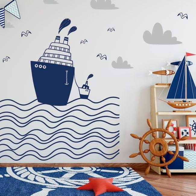 Children vinyls boats in the sea
