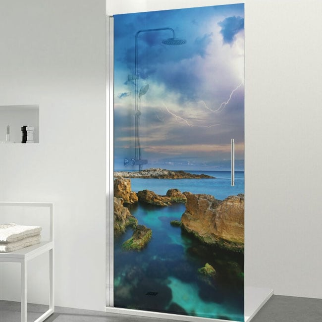 Vinyls for bath screens rays in the sea
