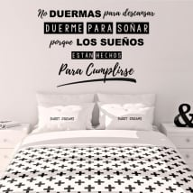 Decorative vinyl phrase sleeps to dream