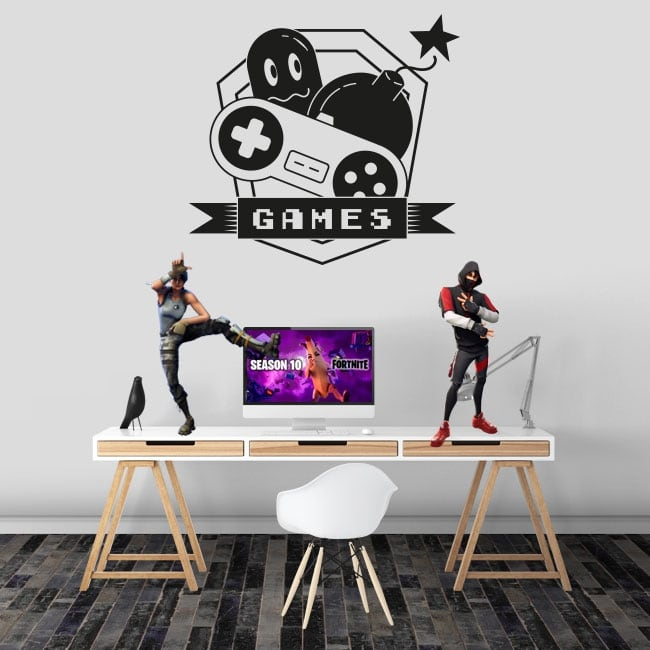 Decorative vinyl and stickers games