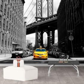 Wall mural taxi in new york and manhattan bridge